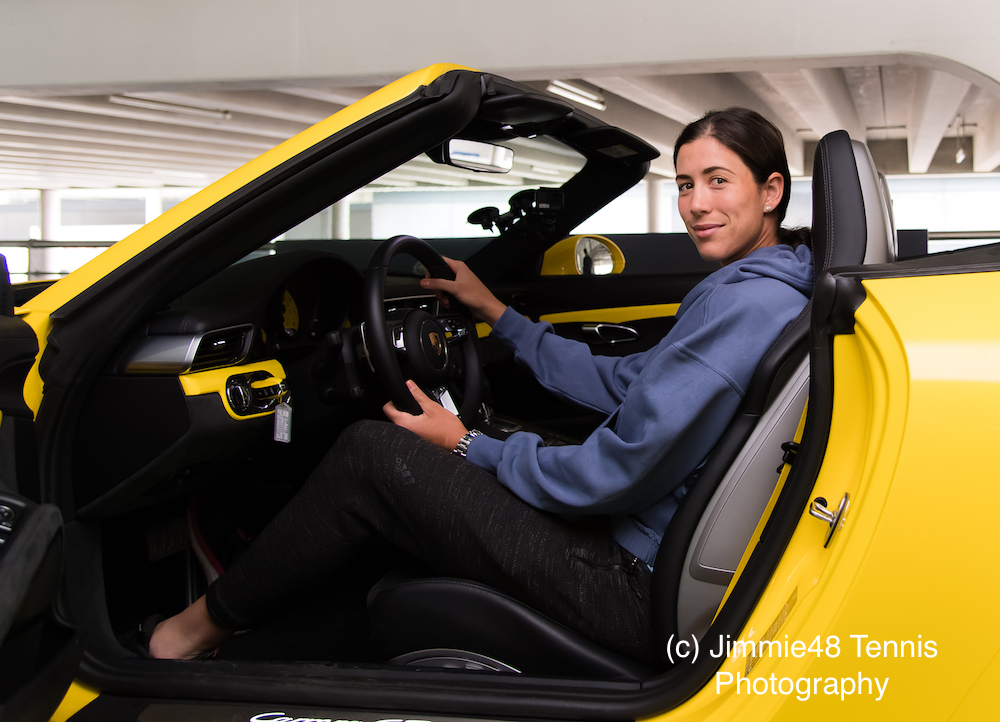 Garbine Muguruza does the Parking Challenge at the 2018 Porsche Tennis Grand Prix, WTA Stuttgart 2018
