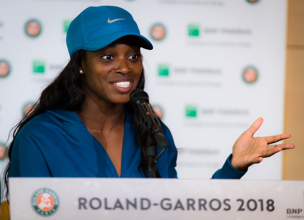 Sloane Stephens talks to the press after the women's final at Roland Garros, 2018