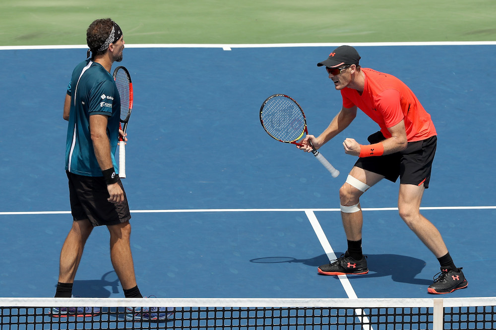 Jamie Murray and Bruno Soares after winning the Western & Southern Open title, ATP Masters 1000 Cincinnati 2018
