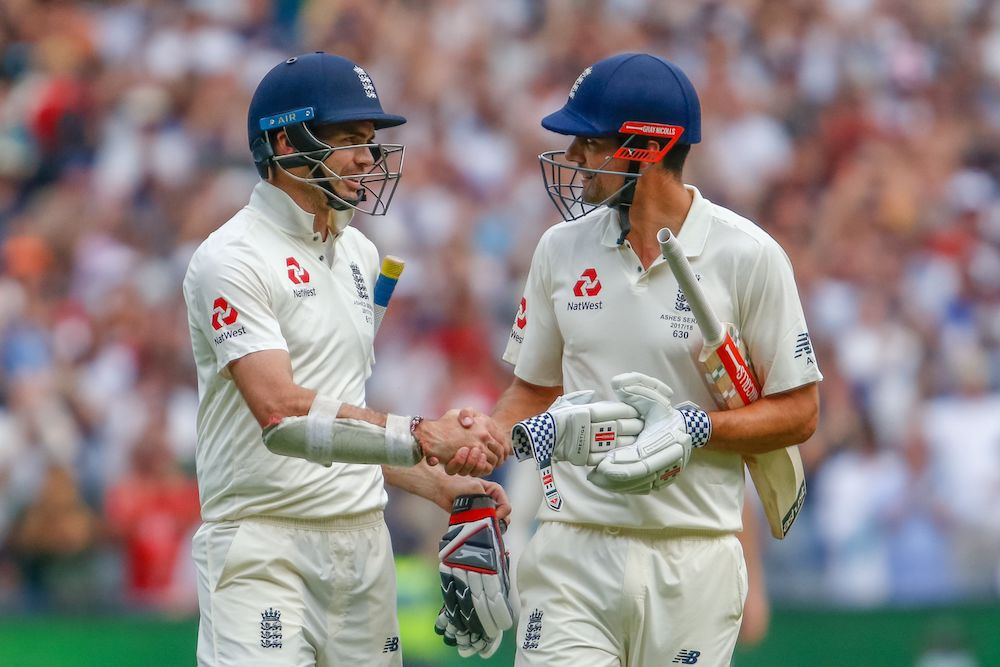 ames Anderson shakes hands with Alastair Cook, Ashes 2017 4th test