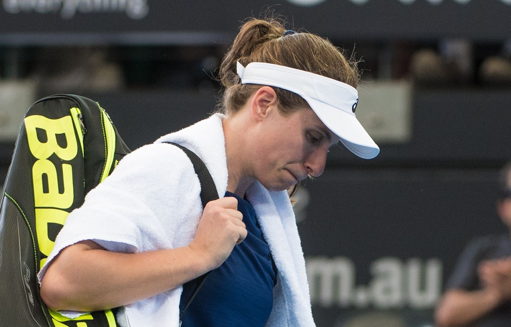 Johanna Konta retires from the Brisbane International quarter-final, 2018