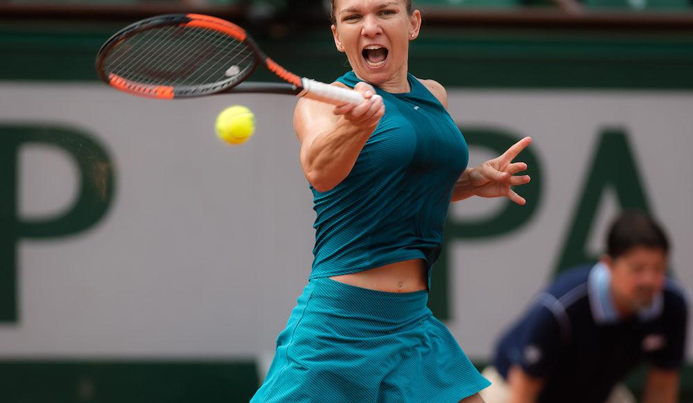 Simona Halep in the fourth round of Roland Garros, 2018