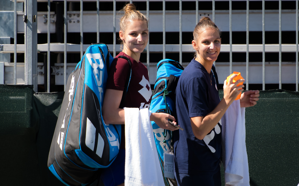 Kristyna Pliskova (l) and Karolina Pliskova (r), Indian Wells 2019