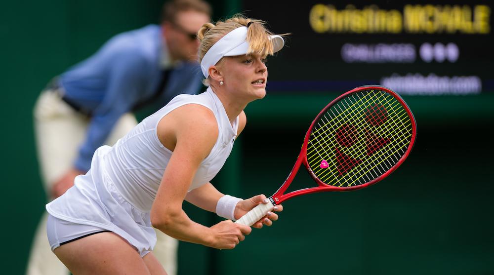 Harriet Dart in the first round of Wimbledon, 2019